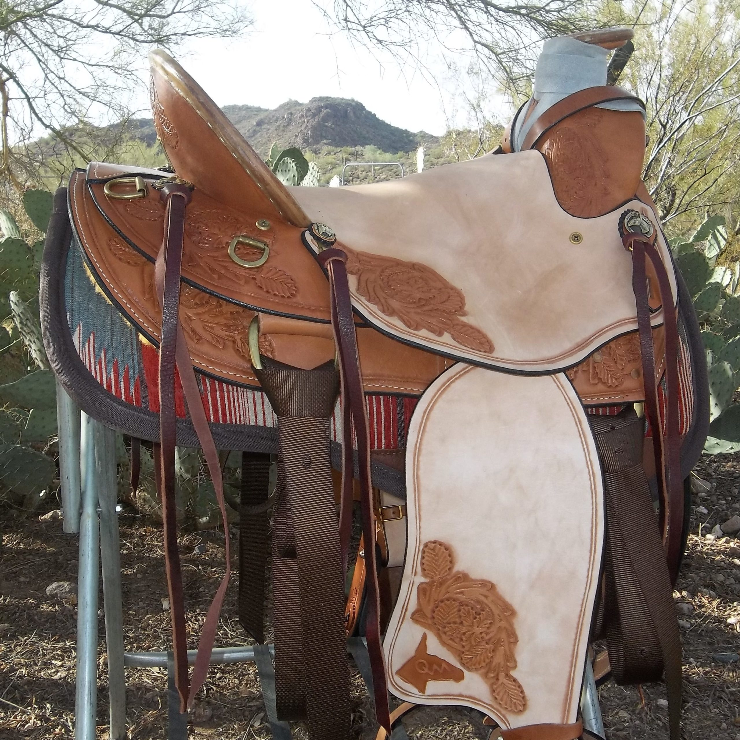 Buckaroo Saddle Queen Valley Mule Ranch